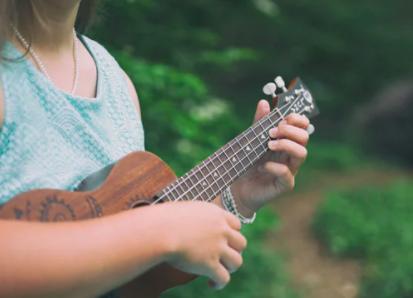how to teach ukulele